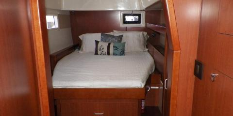 Moorings 3900 cabin