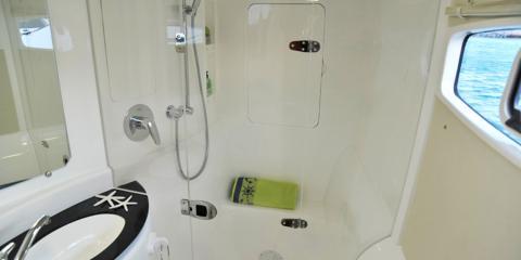 Moorings 3900 shower