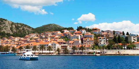Moorings power catamaran sailing Croatia