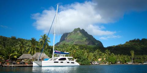 Sailing catamaran in Tahiti