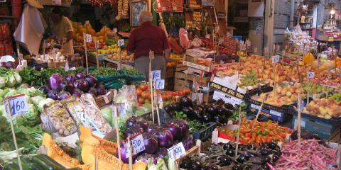 Sicily Veggie stand
