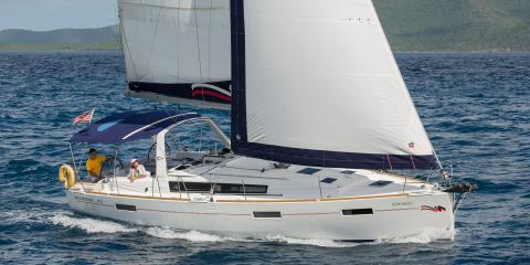 Moorings 42.3 starboard