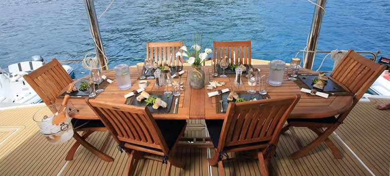 Table setting on the back of a yacht