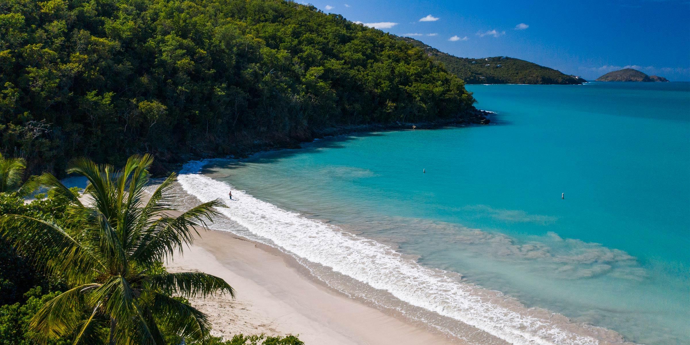 Magen's Bay Beach on St. Thomas, U.S. Virgin Islands