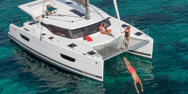sf_fountaine_pajot_lucia_40-aura-ext-770x385.jpg