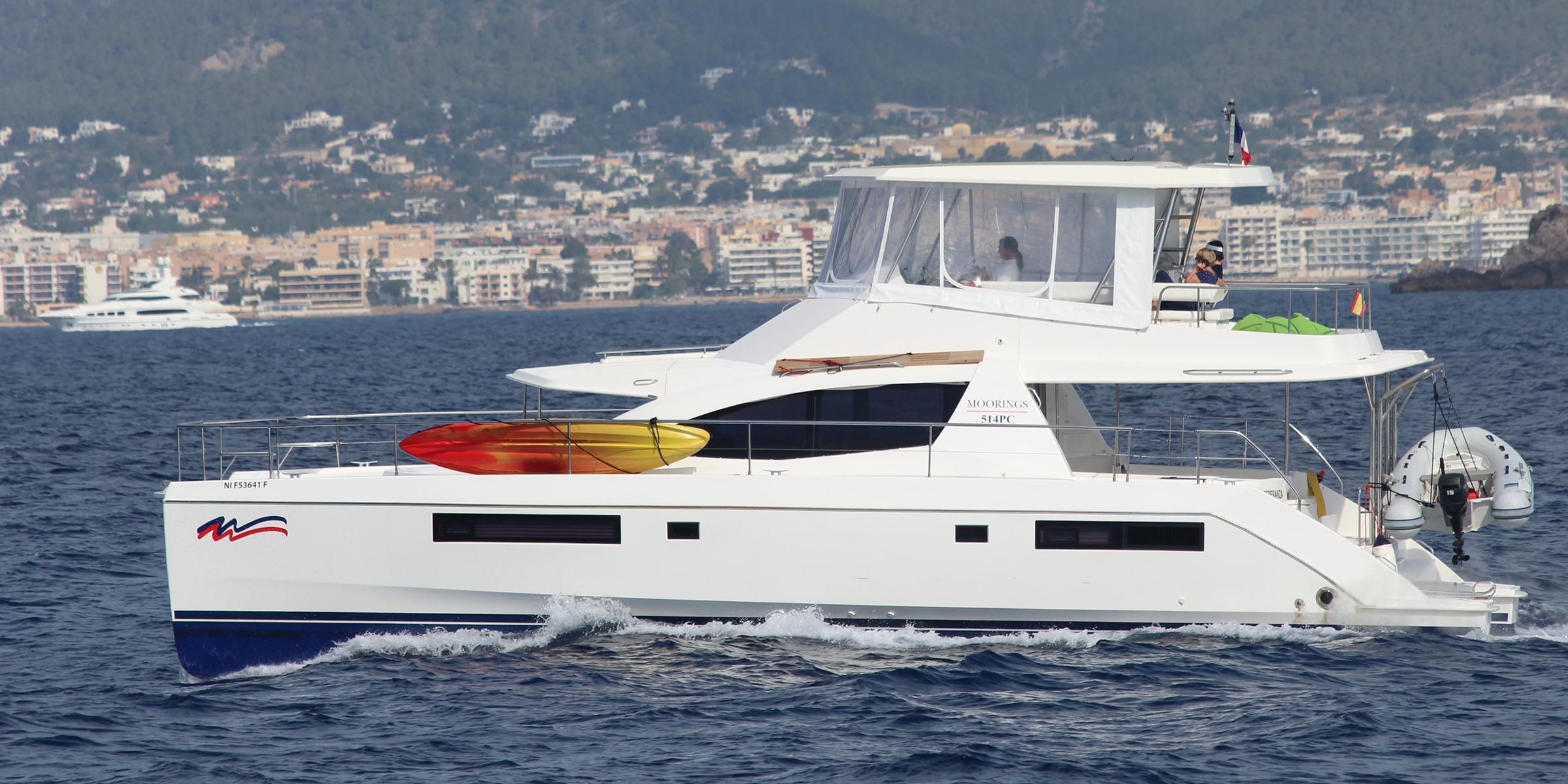 Moorings 514 power catamaran