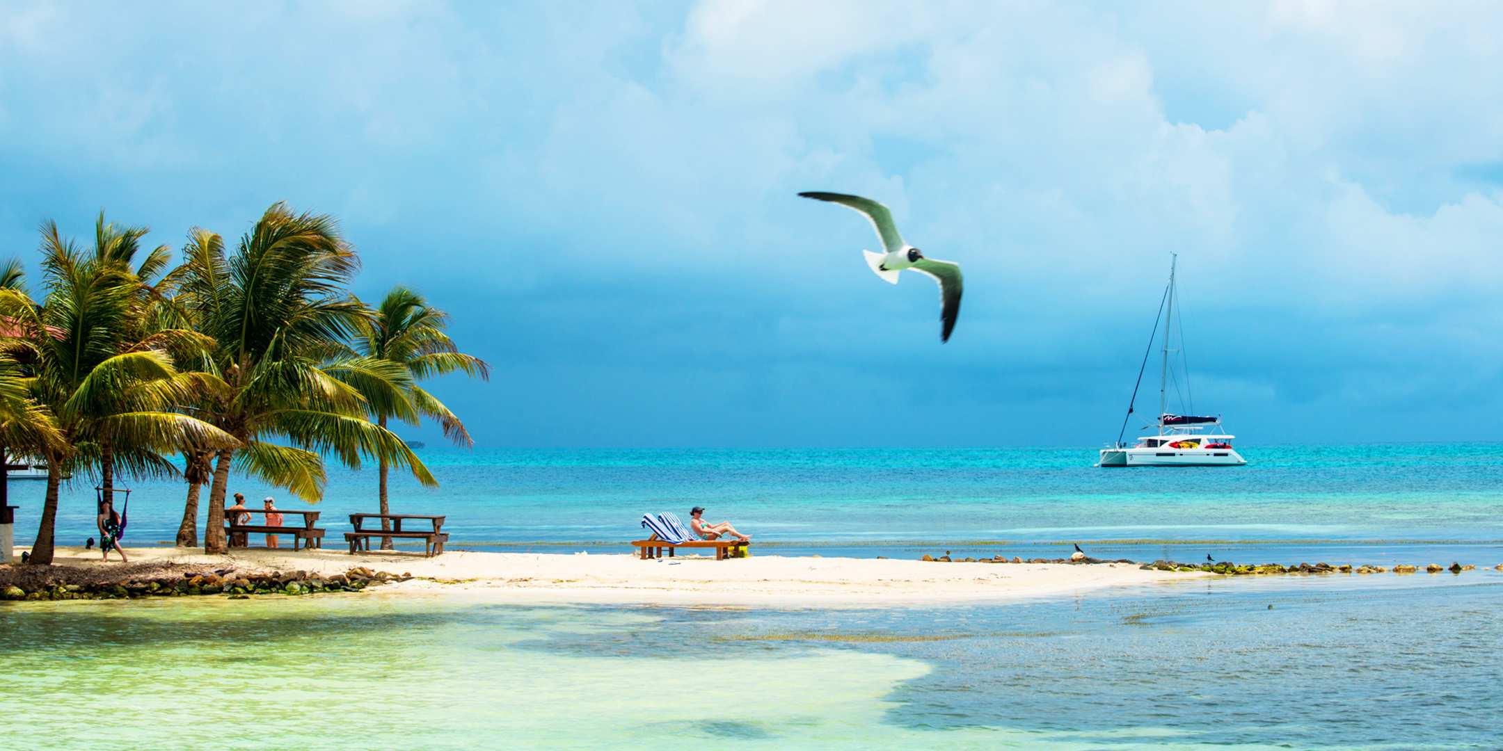 us_tm_1603_0318_blog-best-summer-vacation-spots_belize.jpg